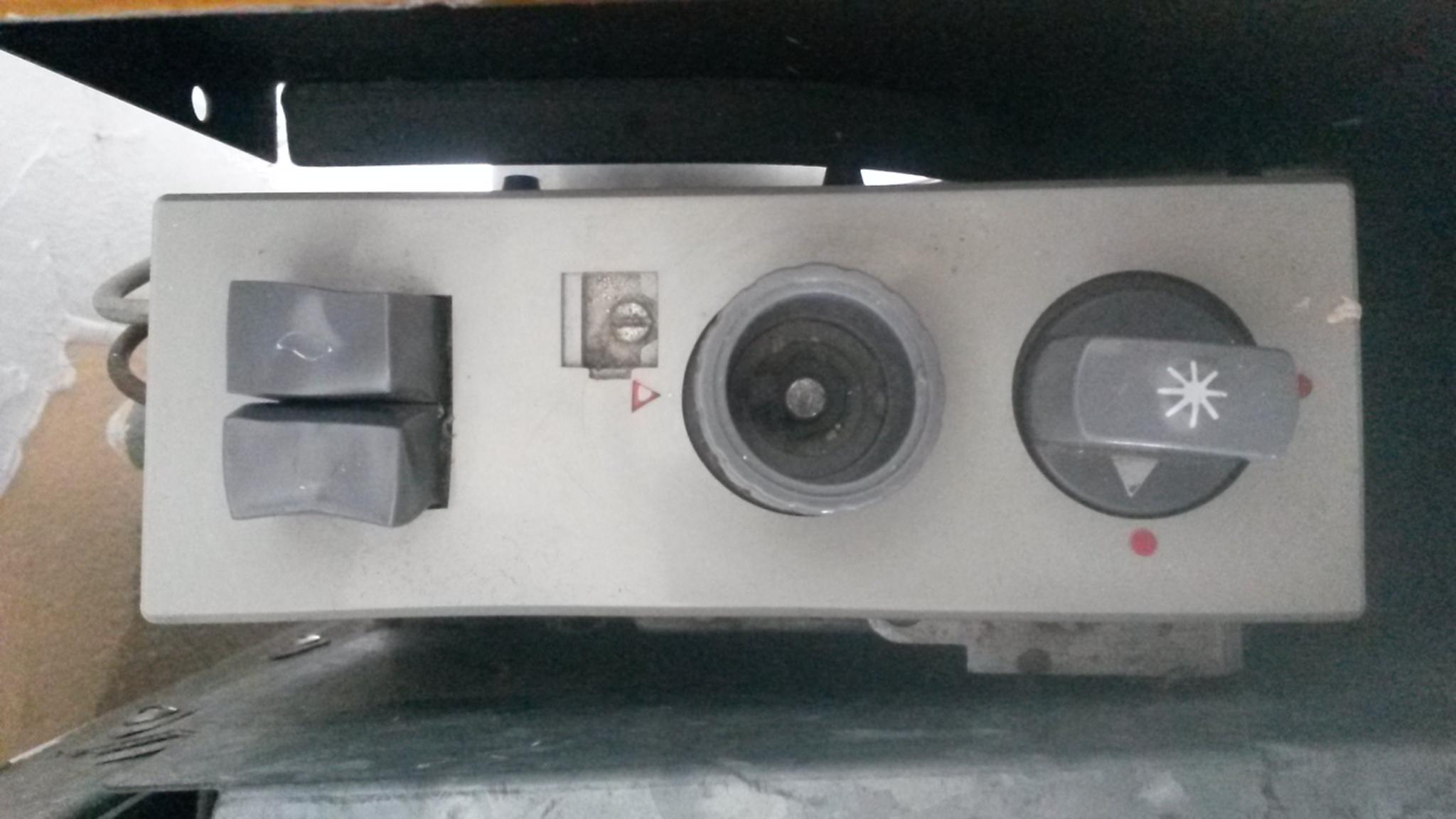 alte gasheizung von juno wie in betrieb nehmen heizung einschalten anschalten. Black Bedroom Furniture Sets. Home Design Ideas