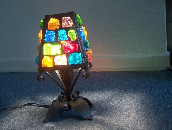 das ist die alte lampe,mit dicken glassücken - (Freizeit, Lampe, glasstücke)