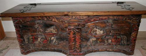 Truhe - (Antiquitäten, alte Möbel)