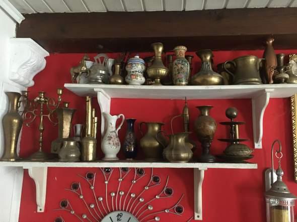 Alte Vasen, Töpfe und Uhren  noch was wert?