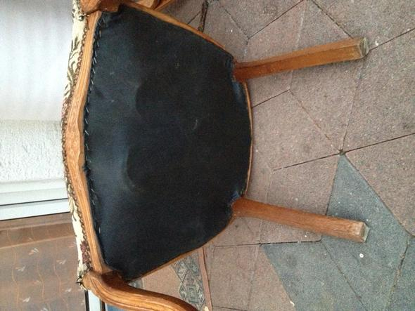 Stuhl - (lackieren, Polster beziehen, Stuhl restaurieren)
