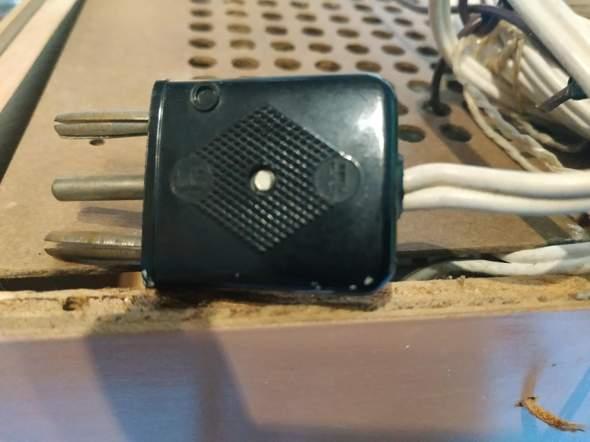 Alter Lautsprecher, neuer Stecker?