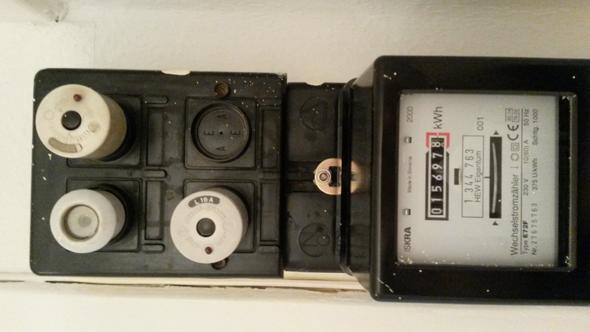 Alter Sicherungskasten/Wie schalte ich den Strom ab?