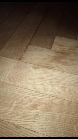 Flecken und Ausbleichung - (Haushalt, Pflege, Holz)
