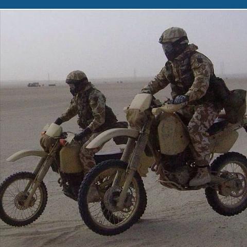 Die mordernen Motorräder die das Militär benutzt. - (Motorrad, zeichnen, Marke)