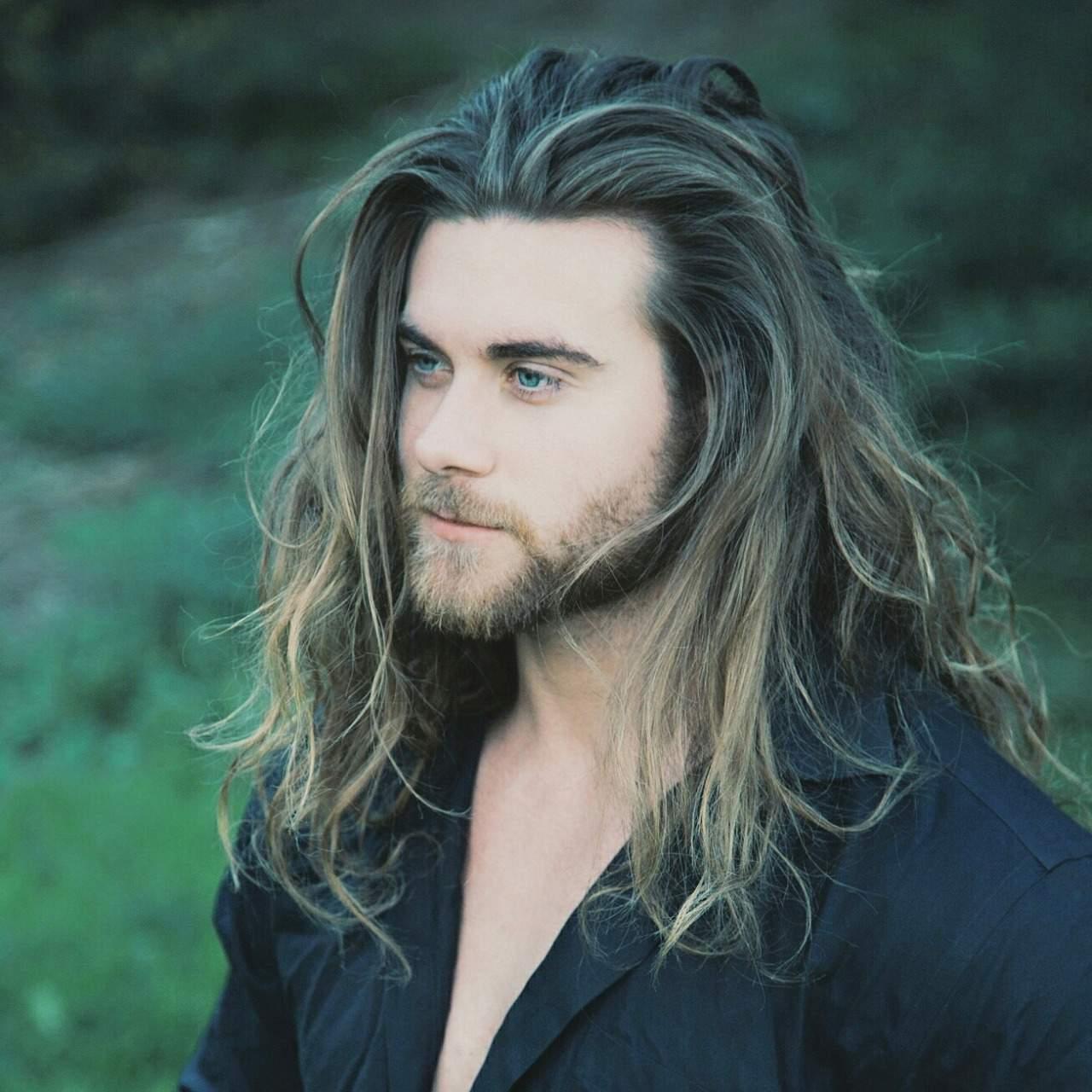 An die Damen. Wie findet ihr Männer mit langen Haaren