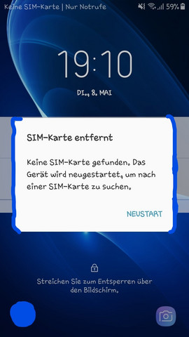 """An meinem Handy (Samsung Galaxy J5 2016) kommt immer die Nachricht """"SIM-Karte entfernt"""" (Bild). Ich entferne die SIM-Karte nie. Wisst ihr was das sein kann?"""