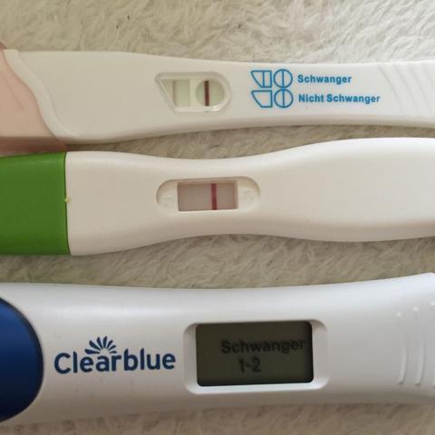 ..... - (Schwangerschaft, Blutung, Positiv)