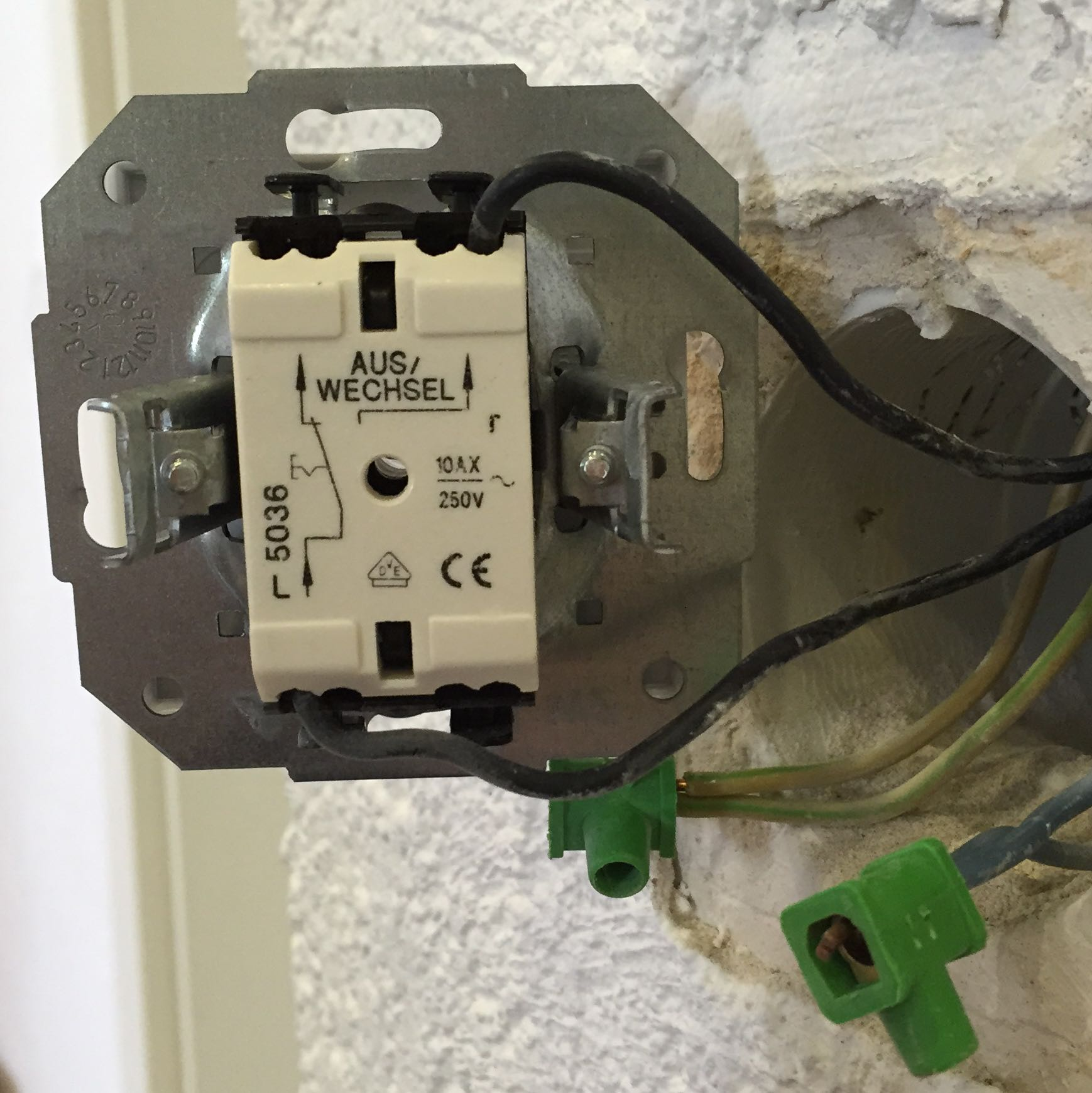 Berühmt Zweifach Lichtschalter Verkabelung Bilder - Elektrische ...