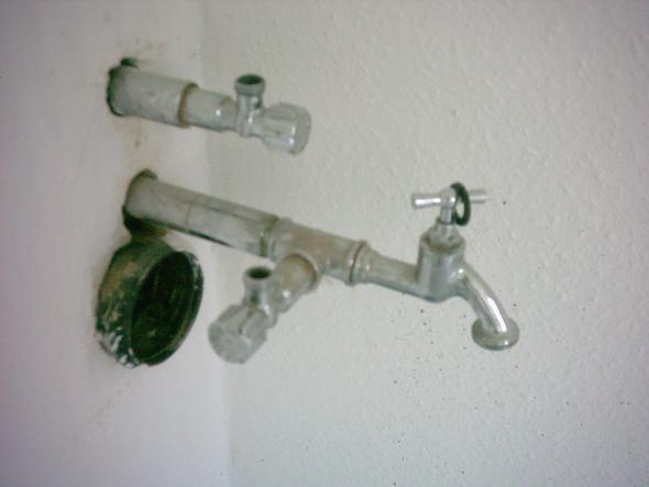 Anschluss von zwei geräten an der spüle wasser installation küche