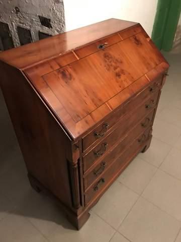 Antike Möbel?