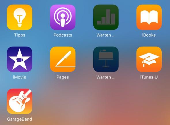 """""""Warten..."""" - (Technik, Apple, App)"""