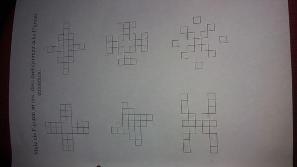 arbeitsblatt lernen f r die arbeit 4 klasse drehsymmetrie schule mathe symmetrie. Black Bedroom Furniture Sets. Home Design Ideas