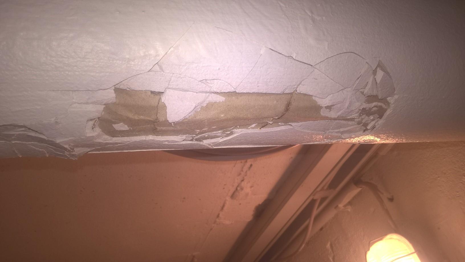 asbest oder nicht kann man das so lassen rohrisolierung. Black Bedroom Furniture Sets. Home Design Ideas