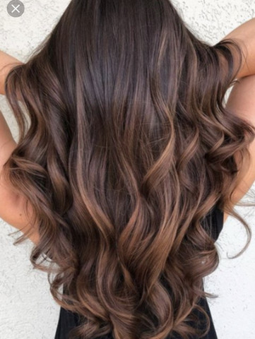 Schwarze haare mit hellen strähnen
