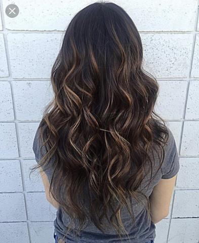 strähnen bei schwarzen haaren