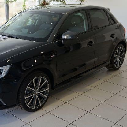 Mythos schwarz - (Farbe, Audi, A1)