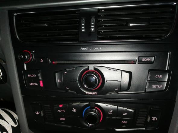 Audi a4 b8 Modell chorus 4 Adapter?