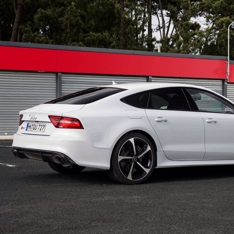 Audi RS7  - (Auto, Audi, Sportwagen)