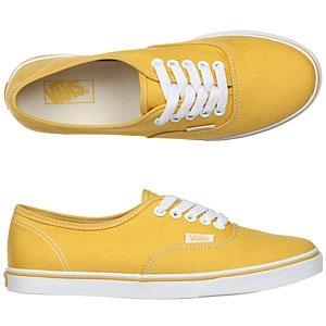 meine Schuhe (bloß in gelb) - (Schuhe, Schuhgröße)