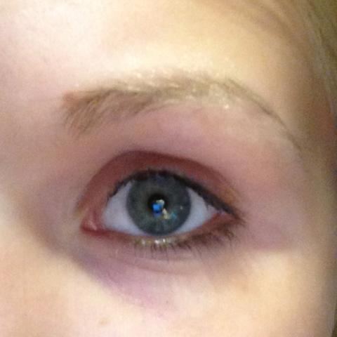 Rechtes Auge  - (Kosmetik, schminken, Augenbrauen)