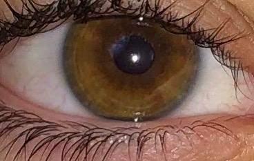 Augenfarbe sieht weird aus?