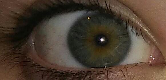 rechts - (Augen, Farbe)