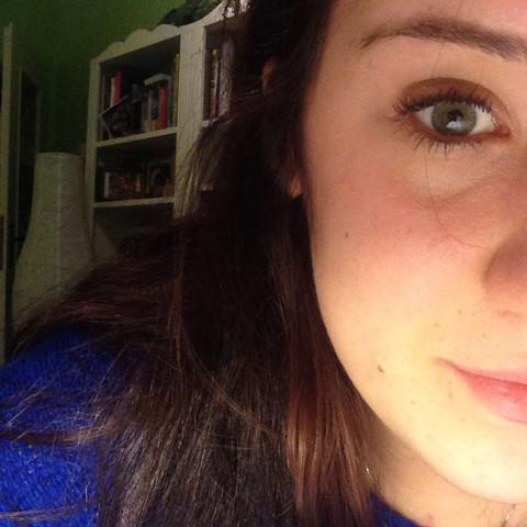 da sieht man die falte ganz leicht  - (Beauty, Augen, Pubertaet)