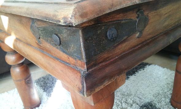 Tisch Seitenansicht mit Beschlag - (Alter, Möbel, Holz)