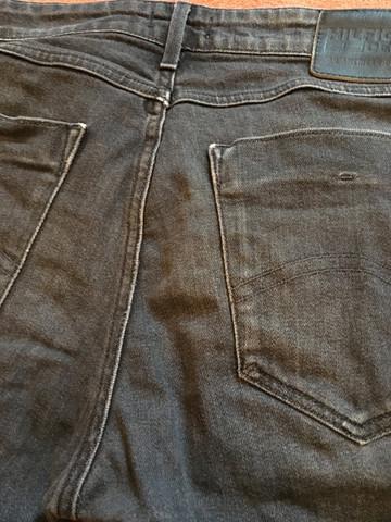 Ausgewaschene Jeans Farben Auffrischen?