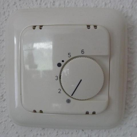 Thermostat alt 2 - (Elektrik, Heizung, Anschluss)