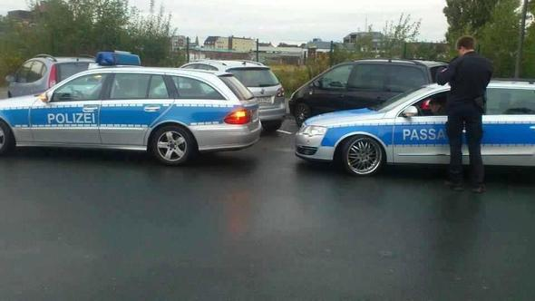 """Auto in """"Polizei"""" Style - (Recht, Gesetz, erlaubt oder verboten)"""