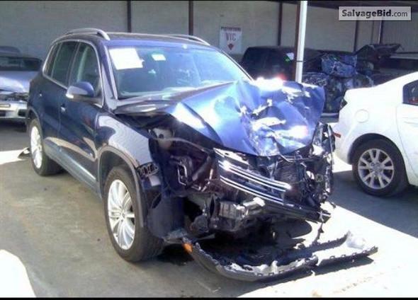 nach Unfall (VW Tiguan) - (Auto, Versicherung, kaputt)