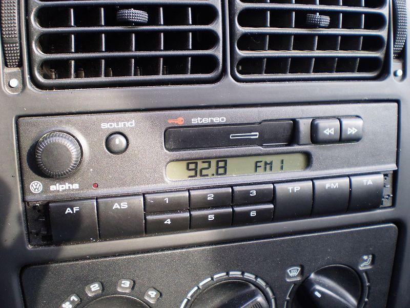 autotransmitter frequenz einstellen radio autoradio. Black Bedroom Furniture Sets. Home Design Ideas
