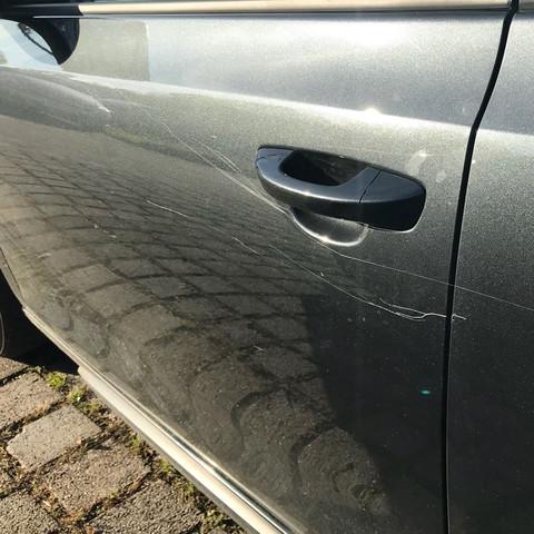 Schaden - (Auto, Polizei, Auto und Motorrad)