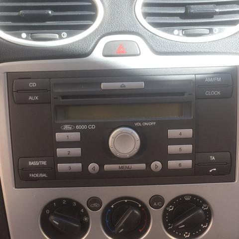 aux anschluss ford focus musik auto suche
