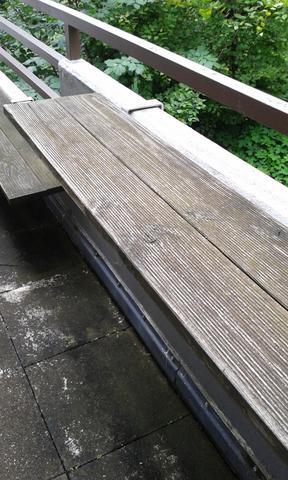 Balkon - Bodenbretter für Blumenkästen abschleifen und neu lasieren?