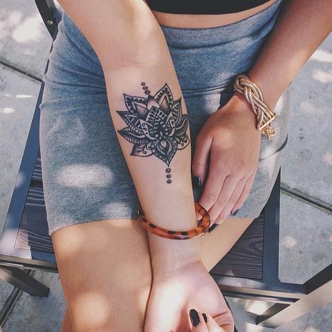 Bedeutung Dieses Tatoos Tattoo