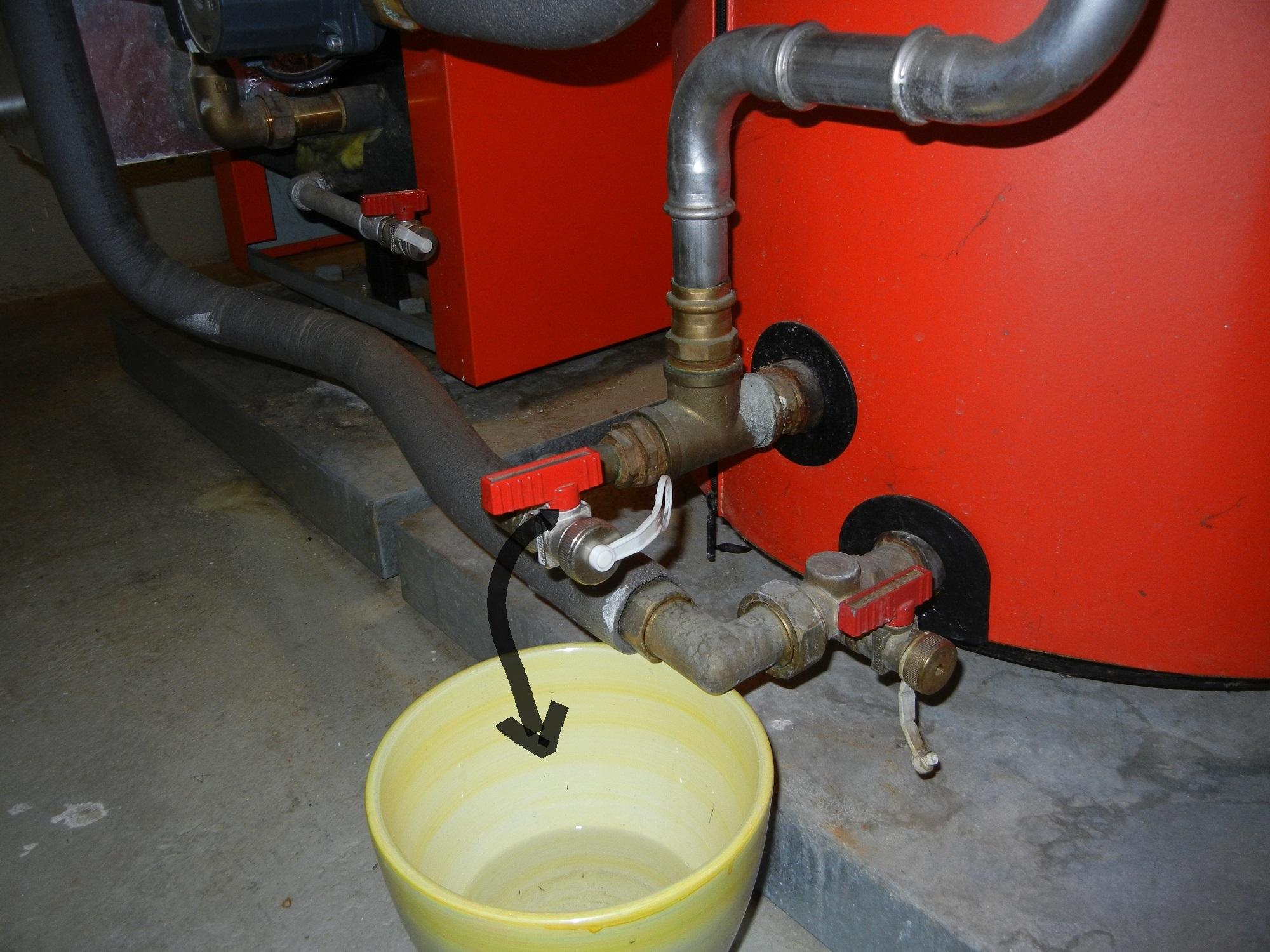 bei mir tropft ein simplex absperrventil (siehe foto  ~ Geschirrspülmaschine Wasser Ablassen