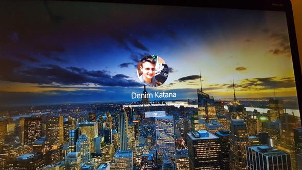 - (Microsoft, Windows 10)