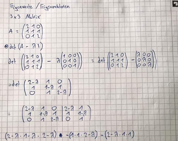 Berechne die Eigenwerte der 3x3 Matrix mit den Zeilenvektoren (1.Zeile, 2 1 0), (2. Zeile, 1 1 1), (3. Zeile, 0 1 2) ich komme nicht auf die Nullstellen,hilfe!?