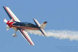 Stunt-Flugzeug 2 - (Flugzeug, Feiertag)