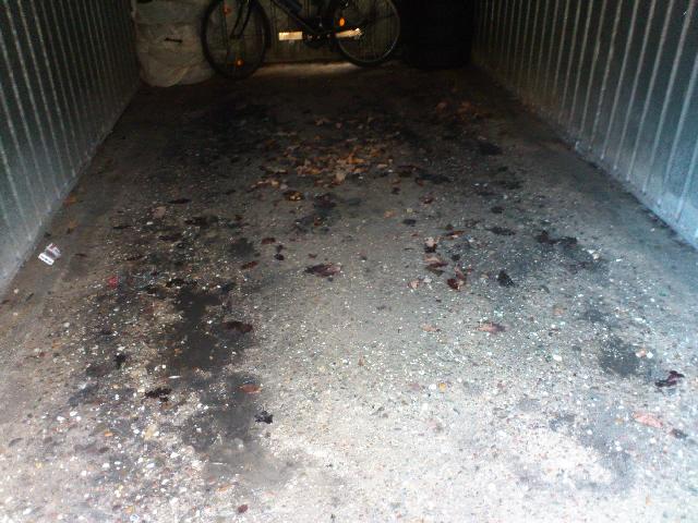 Garage streichen  Betonboden in der Garage ausgleichen (Beton, Garagenboden)