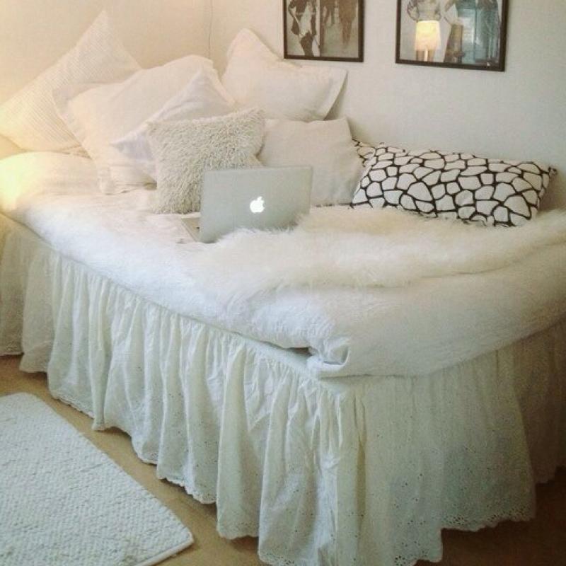 bettverkleidung wohnung schlafen wohnen. Black Bedroom Furniture Sets. Home Design Ideas
