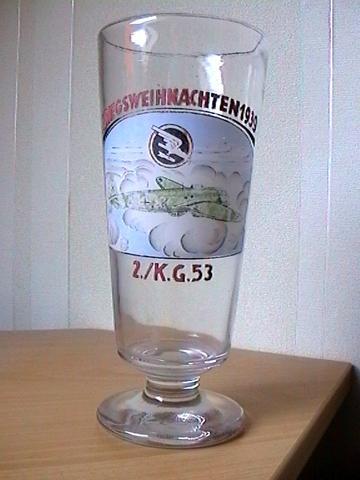 Bierglas  - (Alkohol, Militär)