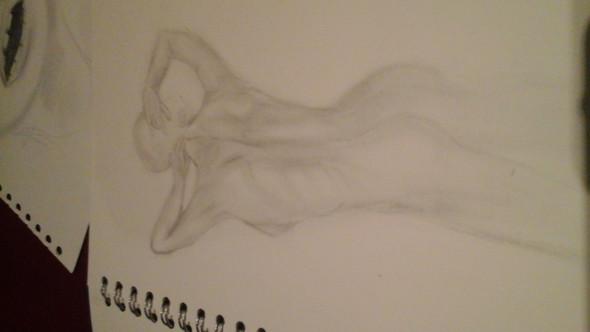 Das Bild mit der Hand hat etwa 10 min gebraucht und das mit dem Rücken etwa 30mi - (Kunst, kunstschule)
