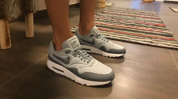 Schuhe - (Schuhe, Bekleidung)