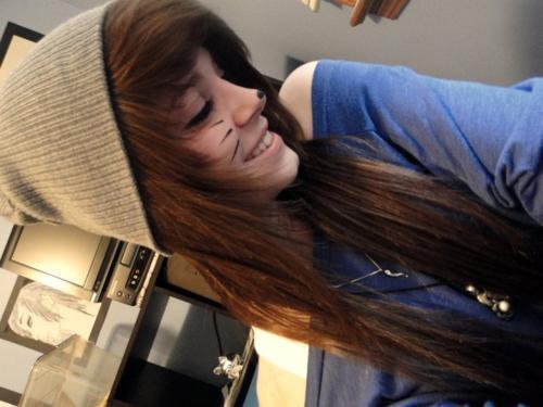 Das Mädchen mein ich mit den Haaren. - (Haarschnitt, geil)