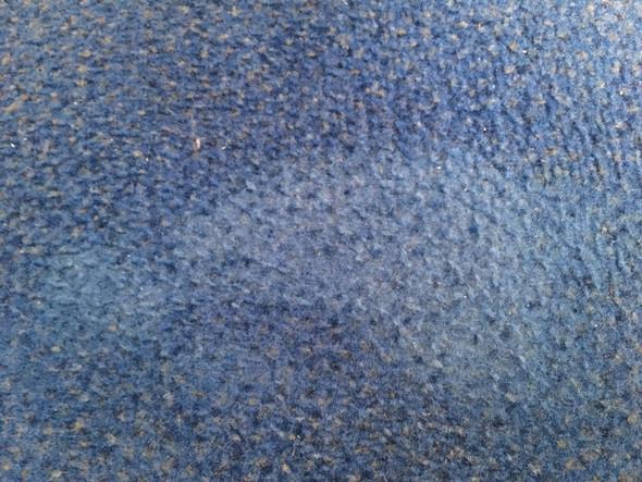 Bleichmittel oder ähnliche Chemie aus Teppich entfernen / verbessern?