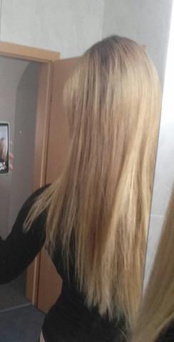 Blondierte Haare Strähnen Friseur Färben Blond